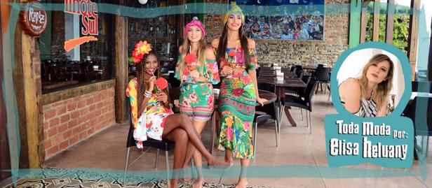 meninas com fantasias de carnaval