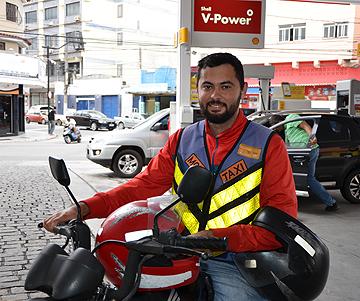 mototaxista de macae