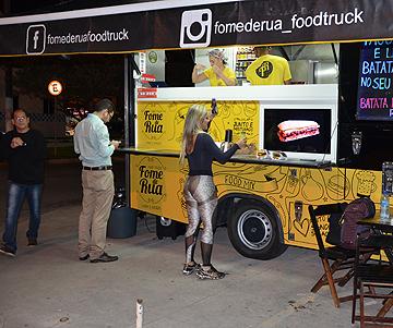 fome de rua food truck