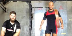 A equipe Macaé Powerlifting, capitaneada pelos treinadores Alan Junior e Lukas Benjamim