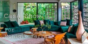 As cores transformam o ambiente e torna tudo muito mais alegre. A Casa Cor Rio 2021 trouxe muitas inspirações da natureza para explorar o tema. Foto:  André Nazareth/CASACOR