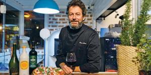 Gerson Martins comanda a cozinha do Container 63. A pizza de fermentação natural é um dos destaques da casa.