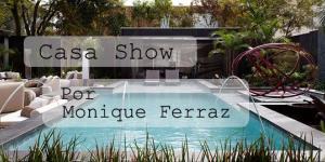 Piscina Casa Cor 2018, projeto da arquiteta Débora Águiar. Fonte: https://blog.igui.com/2019/02/02/42660/