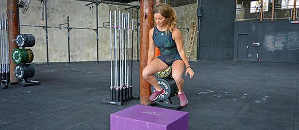 mulher no crossfit